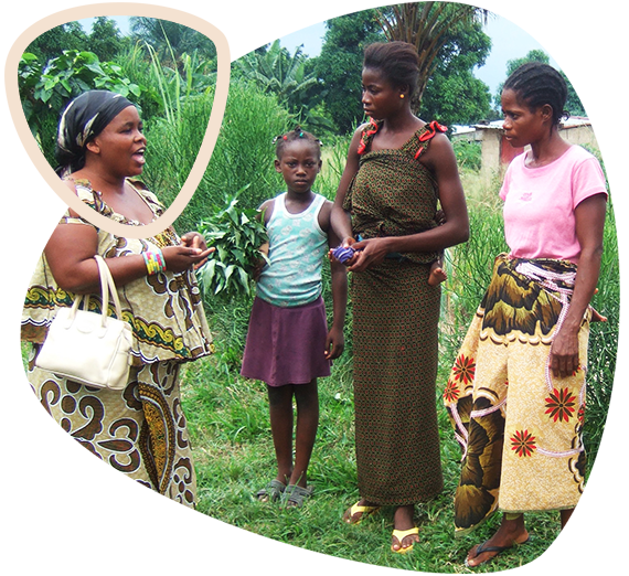 image-2part-page-hearcongo-women-talking